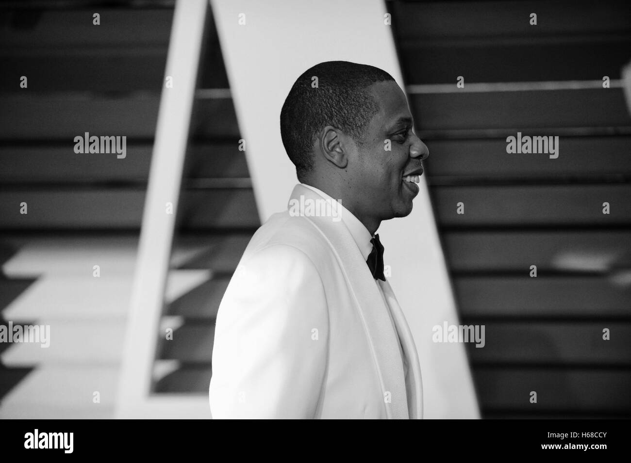 Rapper shawn carter aka jay z attends the 2015 vanity fair oscar party hosted by