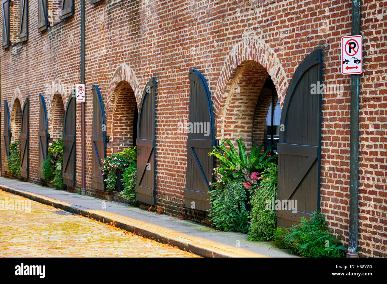 New apartments in the Old Warehouse building on Middle Atlantic Wharf in Charleston, SC - Stock Image