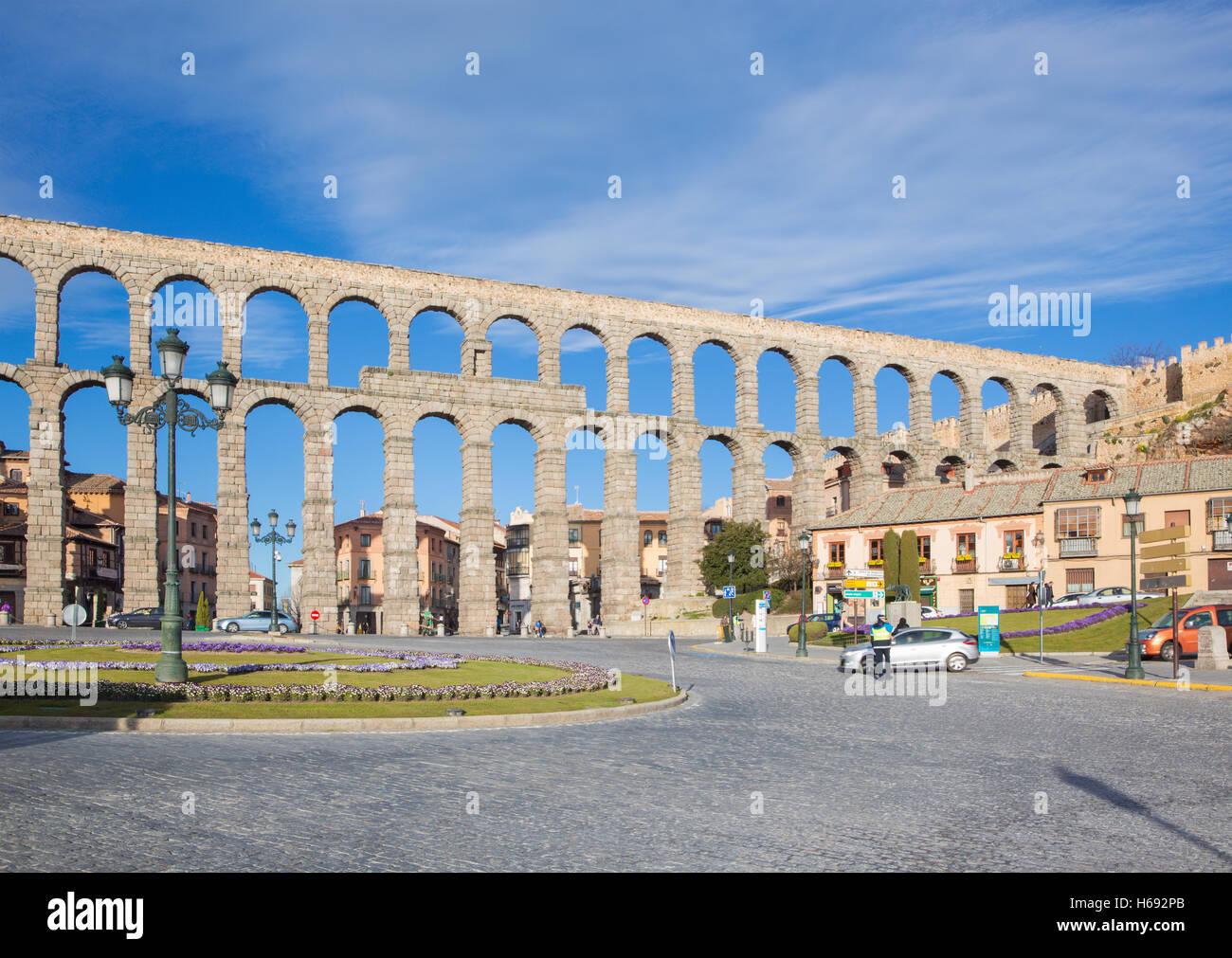 SEGOVIA, SPAIN, APRIL - 14, 2016: Aqueduct of Segovia and Plaza del Artilleria. - Stock Image