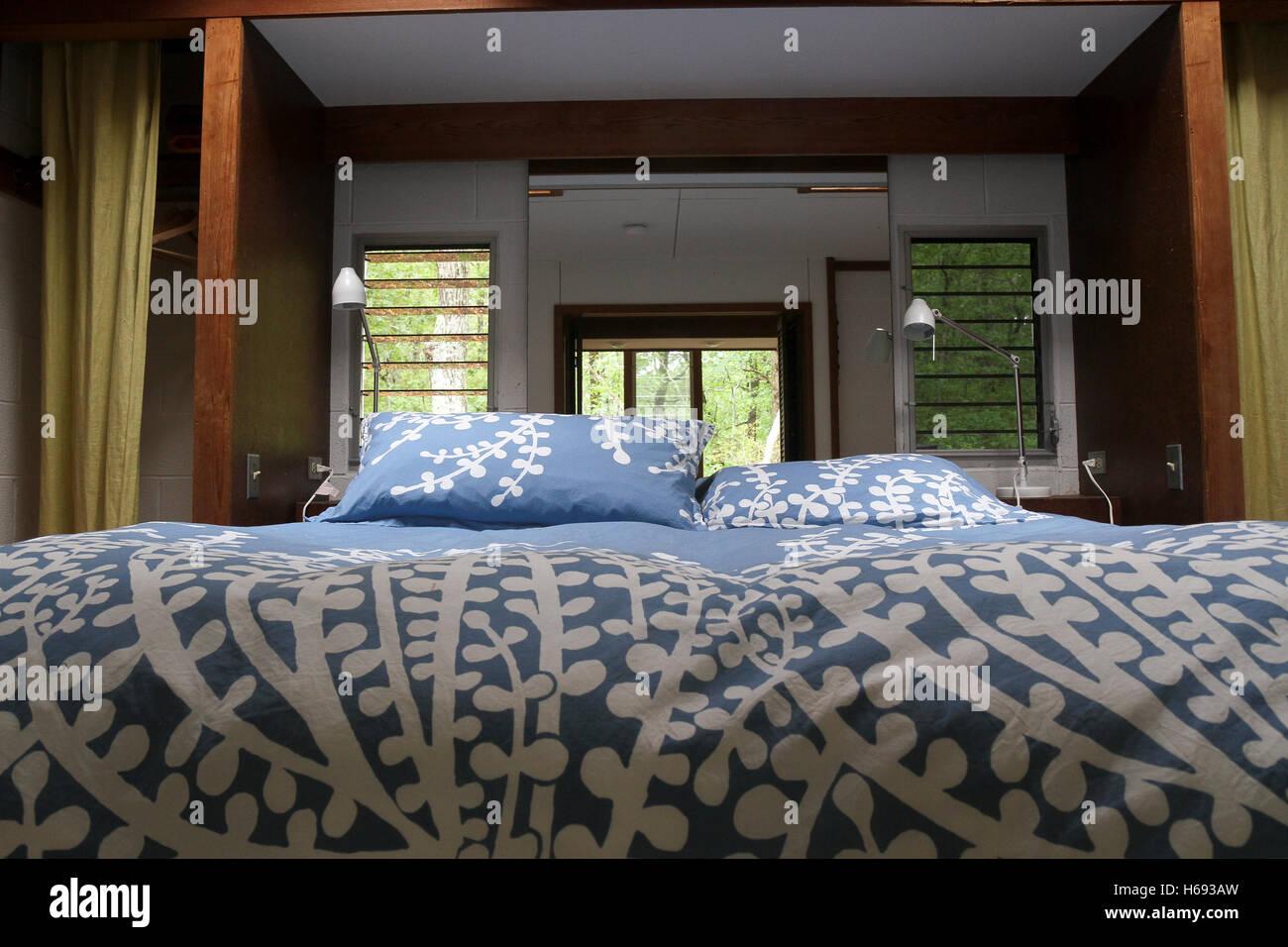 A bedroom in the Kugel-Gips House, Wellfleet, Cape Cod, Massachusetts. - Stock Image