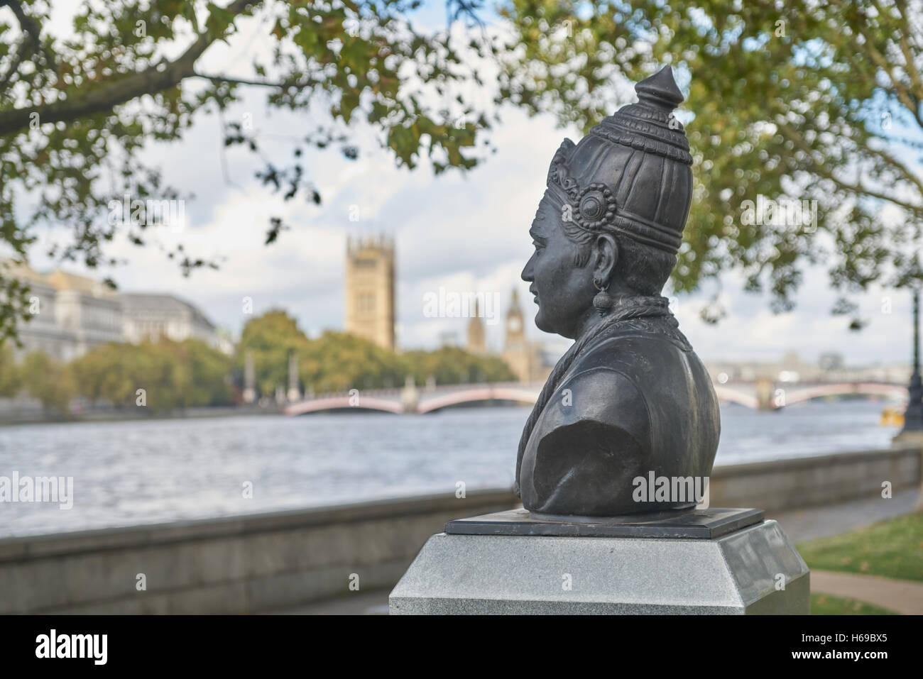 statue of Basava  12th-century Indian philosopher  London - Stock Image