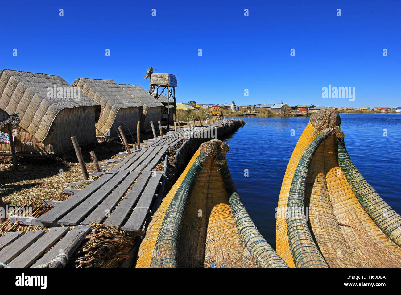 Totora reed floating islands Uros, lake Titicaca, Peru - Stock Image