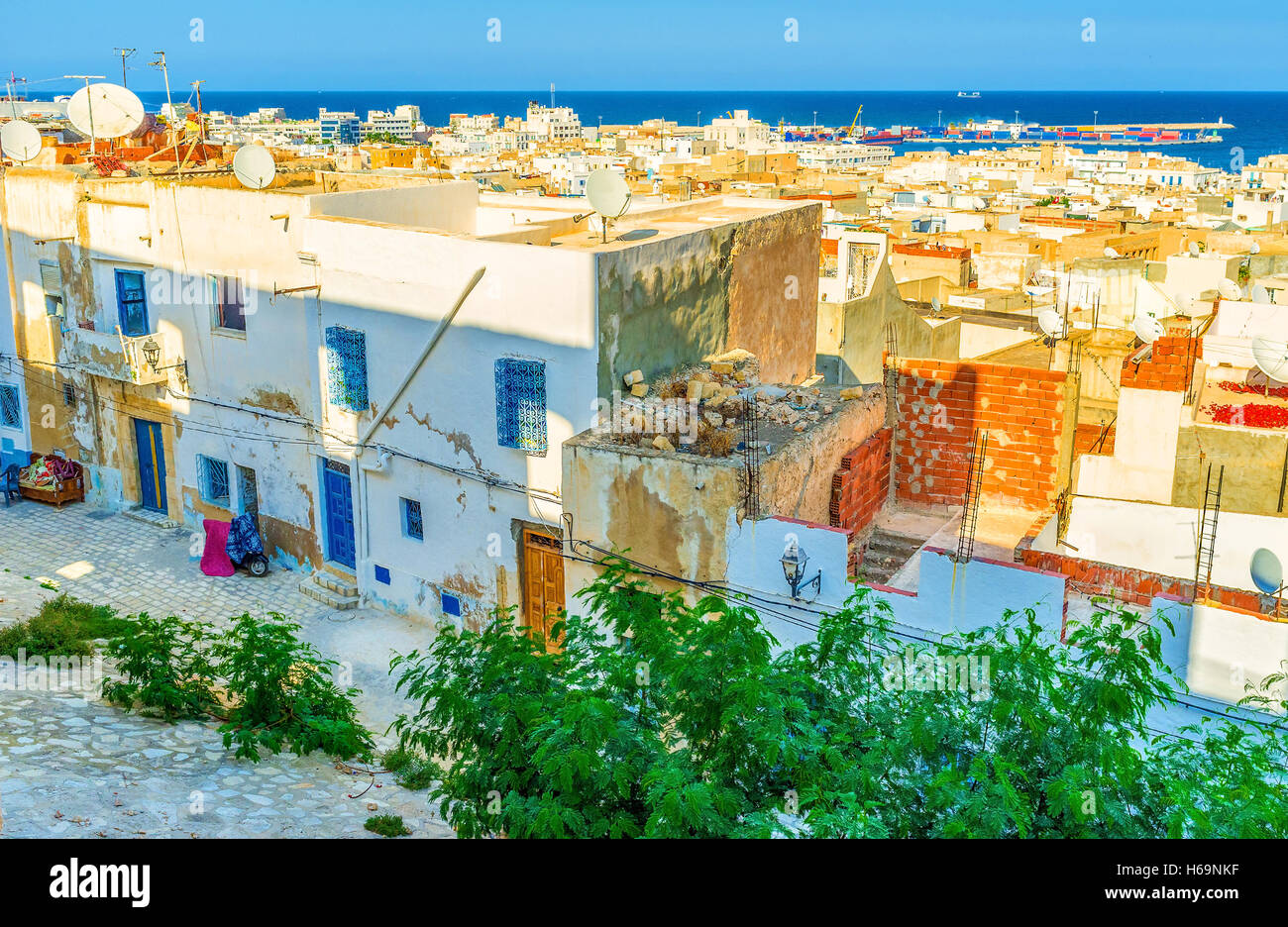 The Kasbah located on the top of the hill is the best place to enjoy aerial views of Sousse, Tunisia. - Stock Image