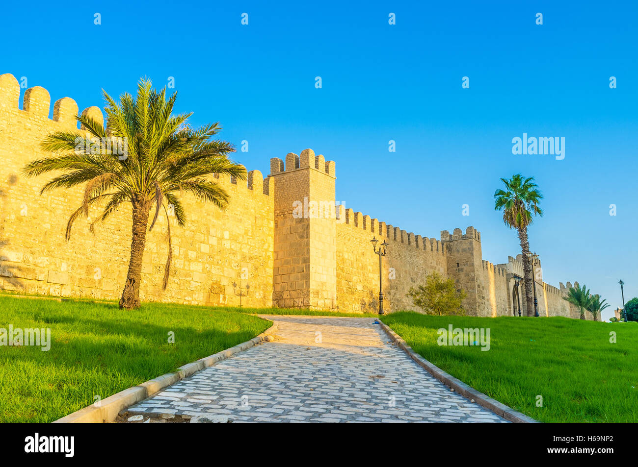 the medieval town wall is one of the best preserved and notable landmarks in Sousse, Tunisia. - Stock Image
