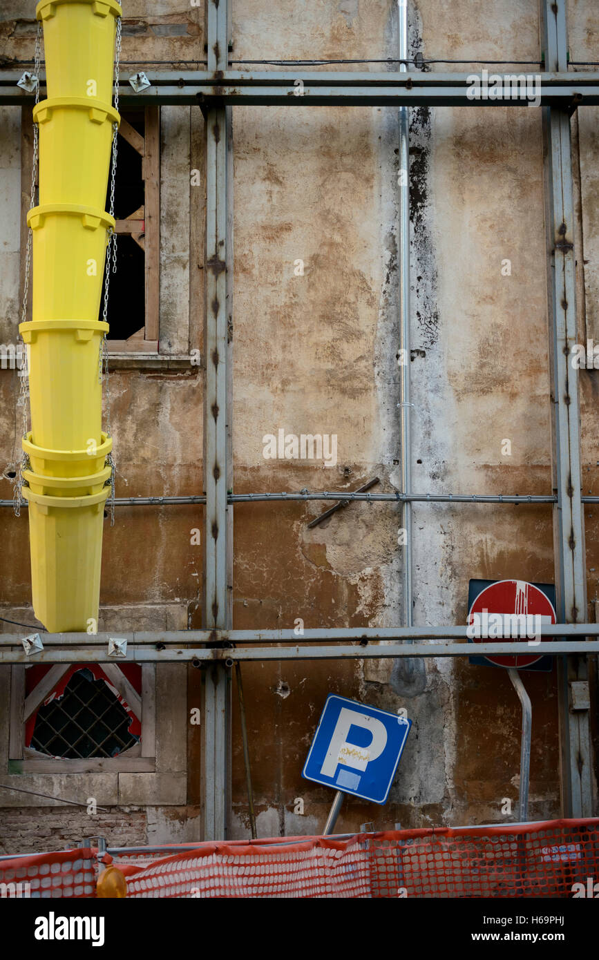 Italy. Abruzzo. L'Aquila. 2016. Reconstruction works after the 2009 earthquake - Stock Image