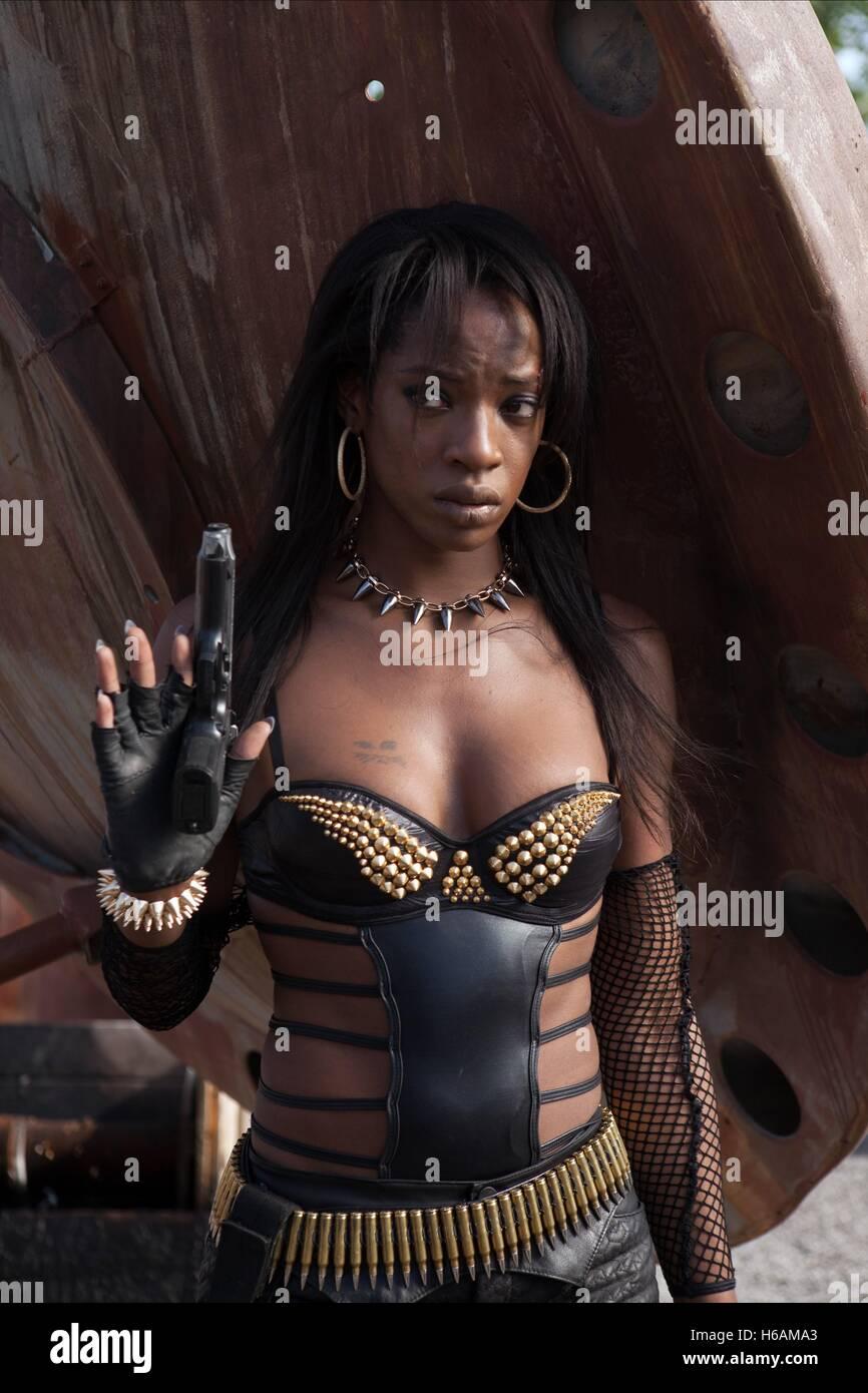 Ayisha Issa Nude Photos 31