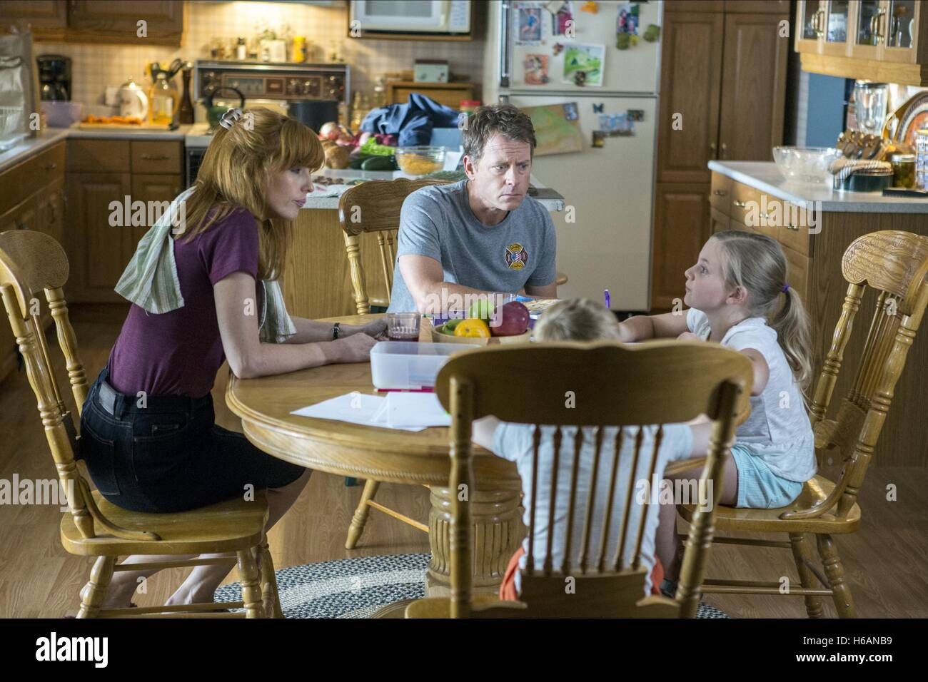 KELLY REILLY GREG KINNEAR CONNOR CORUM & LANE STYLES HEAVEN IS FOR REAL (2014) - Stock Image