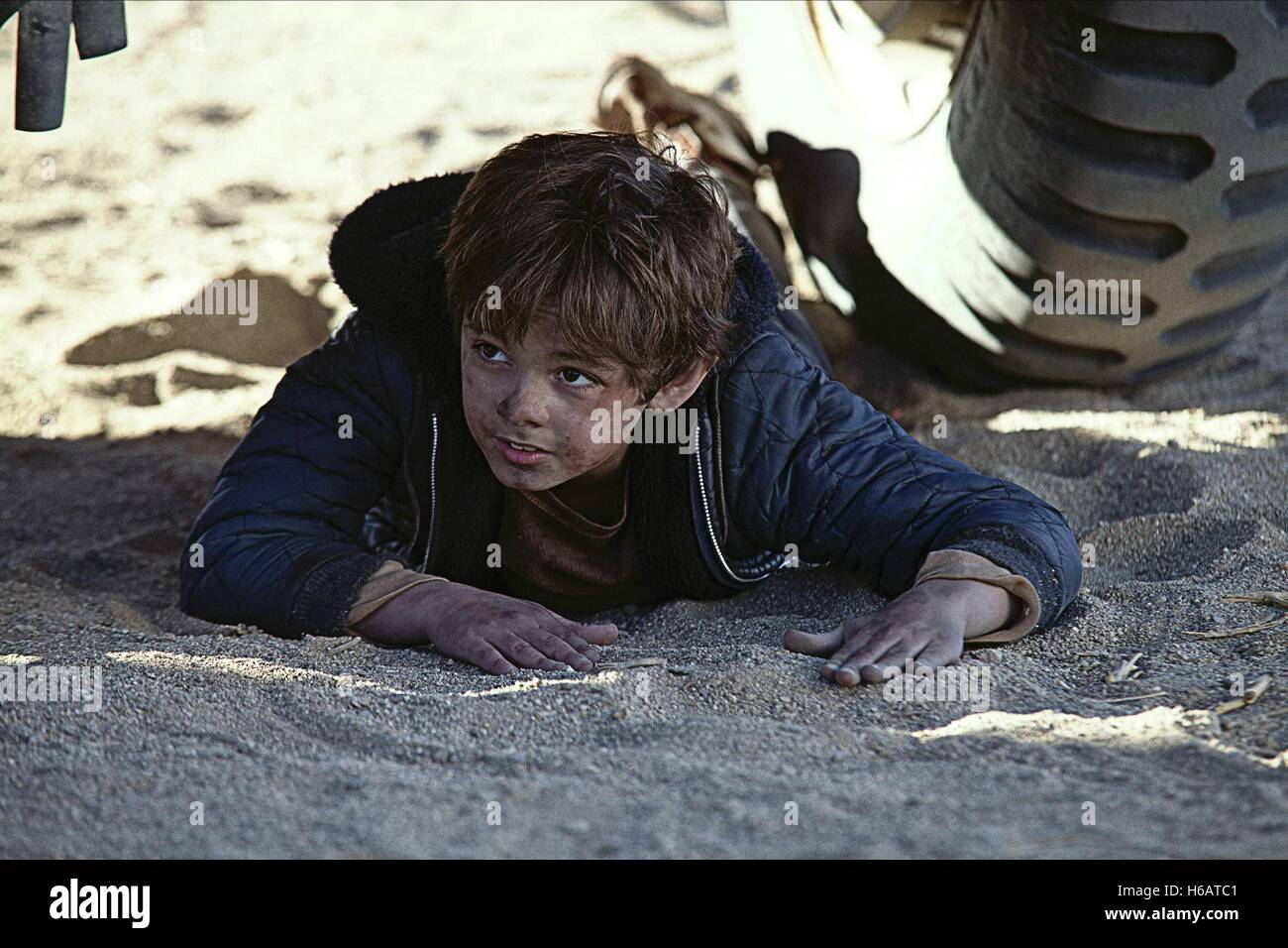 MAX CHARLES THE LAST SURVIVORS; THE WELL (2014) - Stock Image