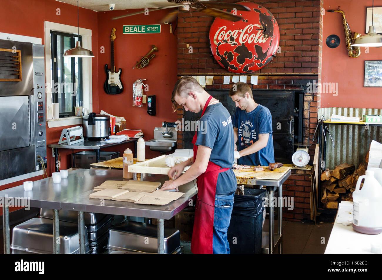 St. Saint Augustine Florida Smokin' D's BBQ barbeque teen boy cook employee job - Stock Image