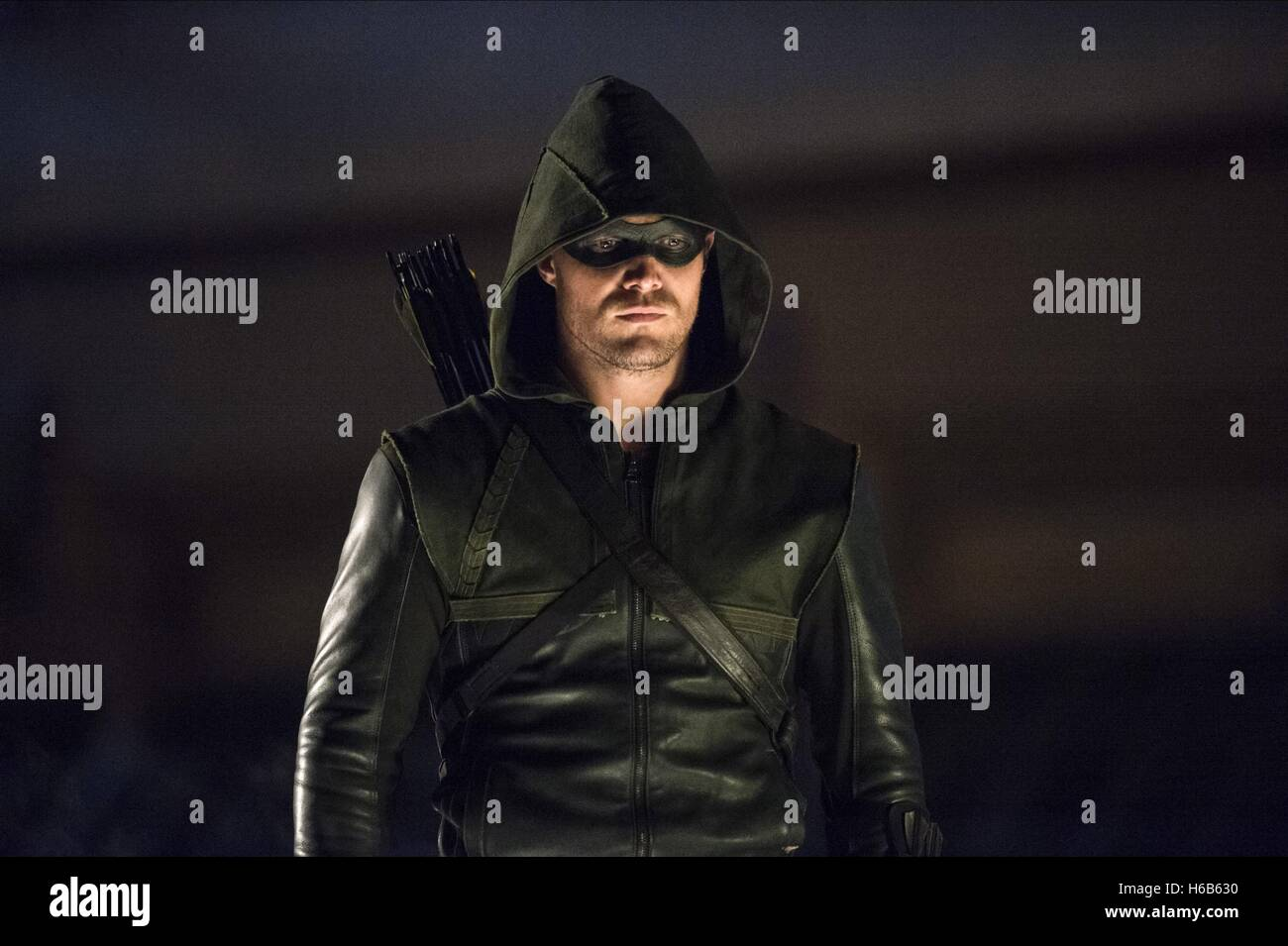 stephen amell as oliver queen television programme tv