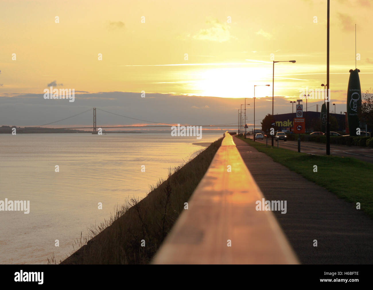 Humber Bridge from St Andrew's Quay Hull autumn sunset leading line - Stock Image