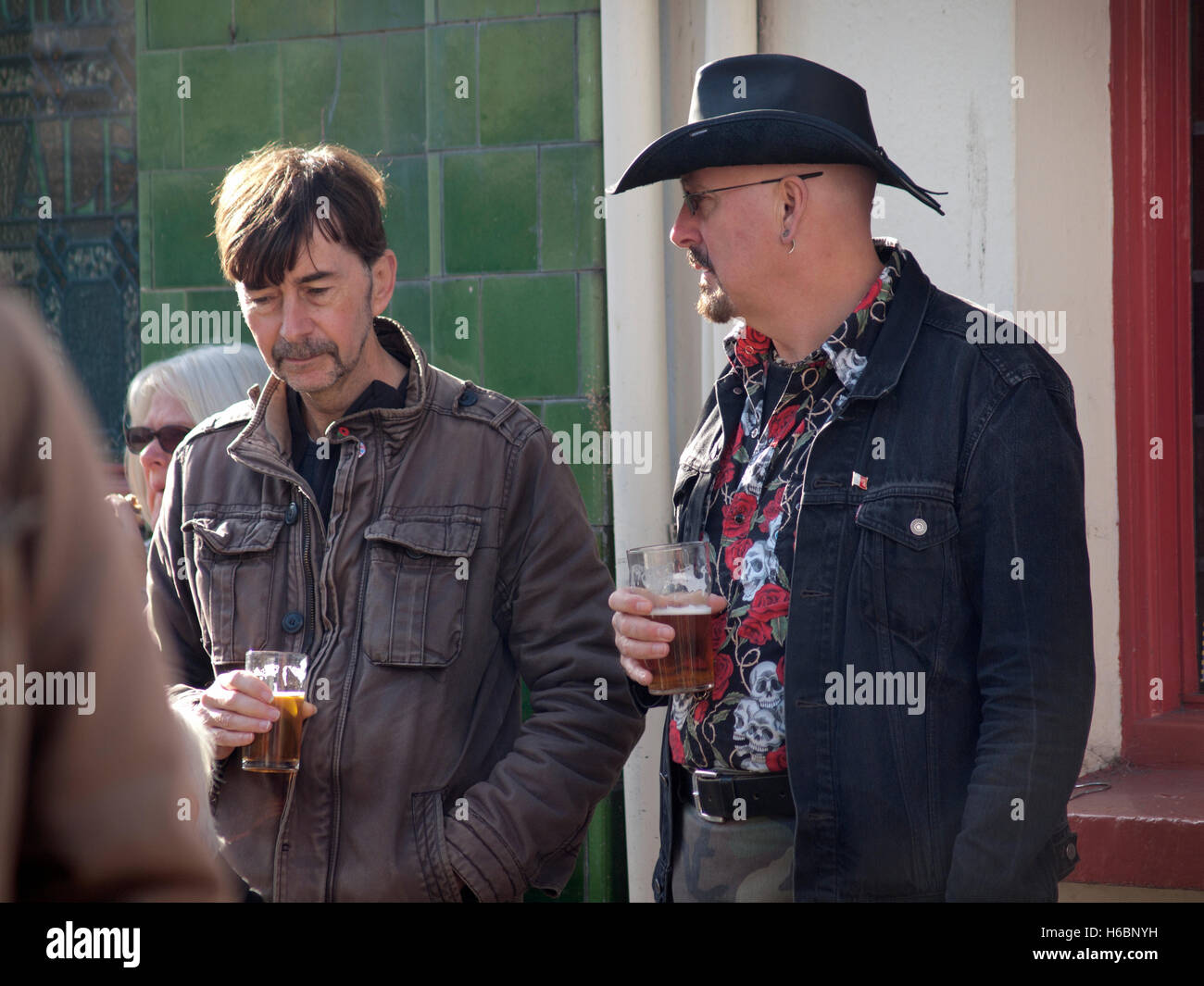 A lunch-time pint in Brighton - Stock Image