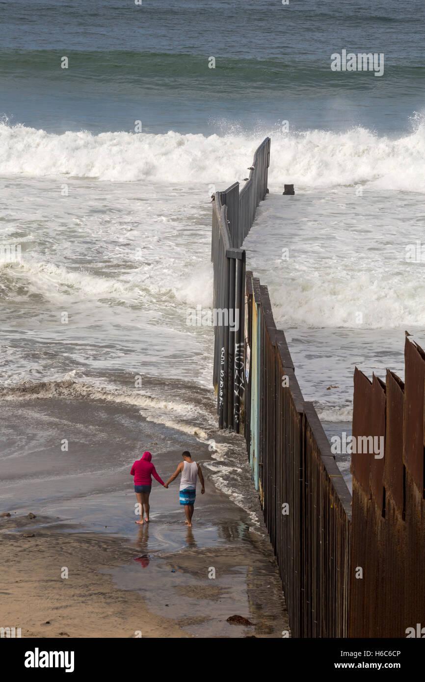 Tijuana Mexico The U S Mexico Border Fence Where It