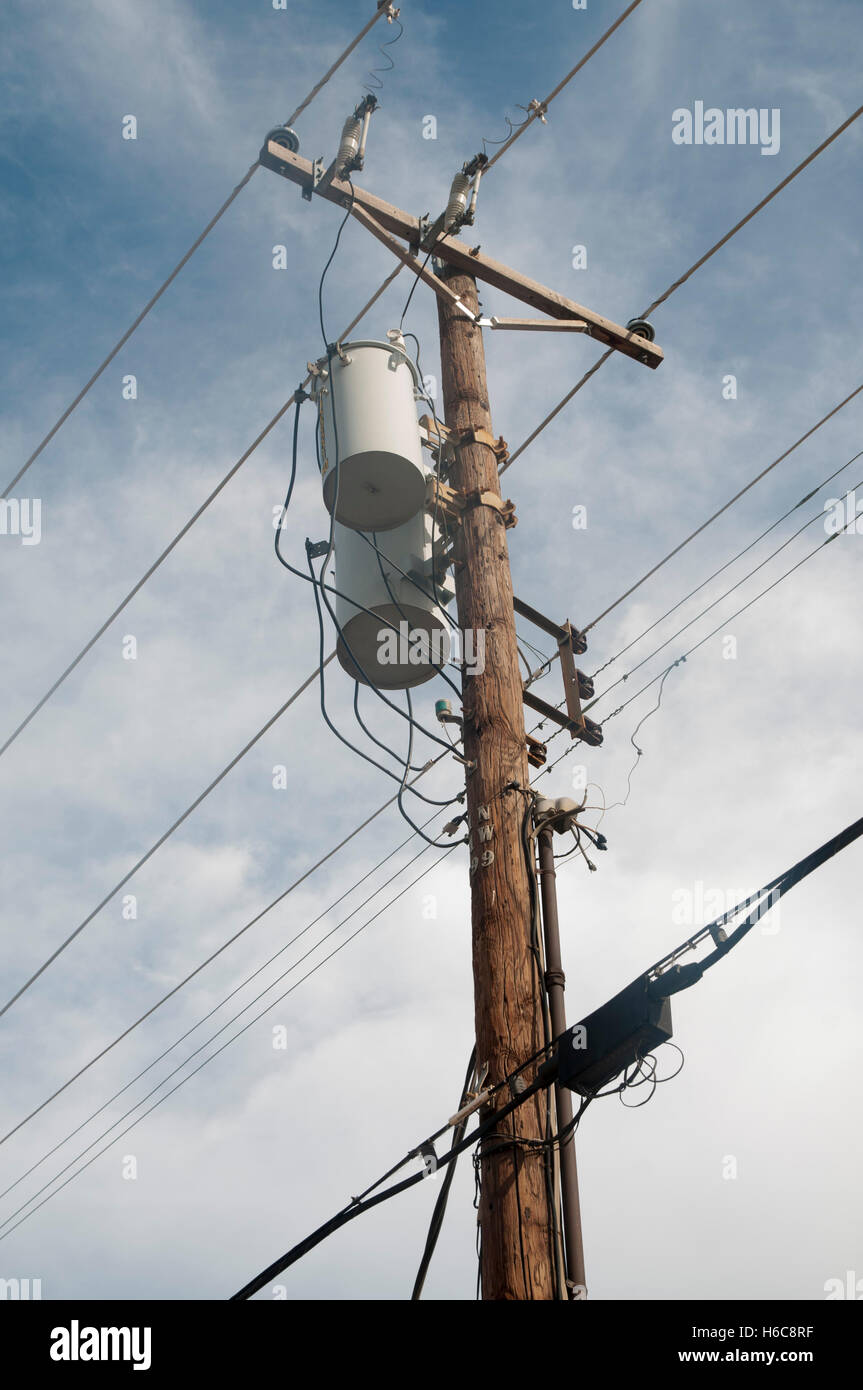 Telegraph Pole Wire Stock Photos & Telegraph Pole Wire Stock Images ...