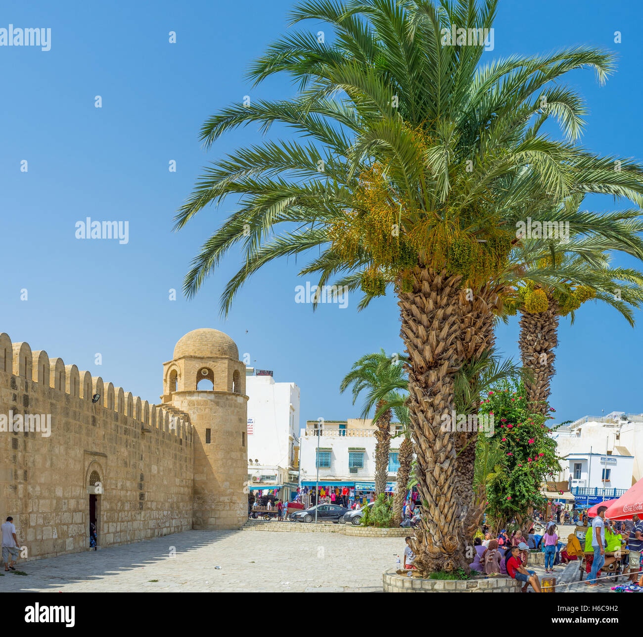 The Place des Martyrs is the central square of the city, here locates the Grand Mosque - Stock Image