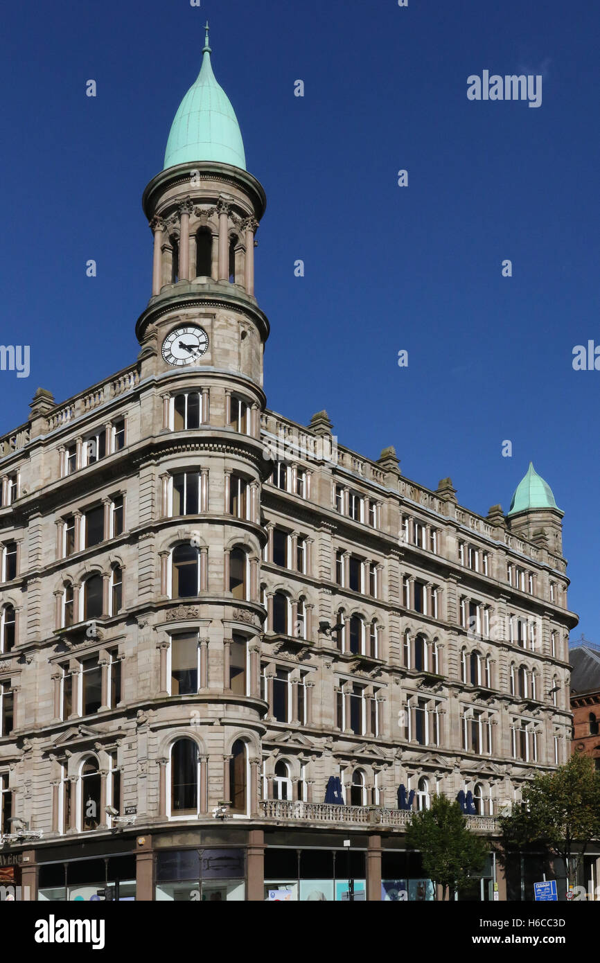 The Cleaver Building on the junction of Donegall Square North/Donegall  Place in Belfast, Northern Ireland. - Stock Image