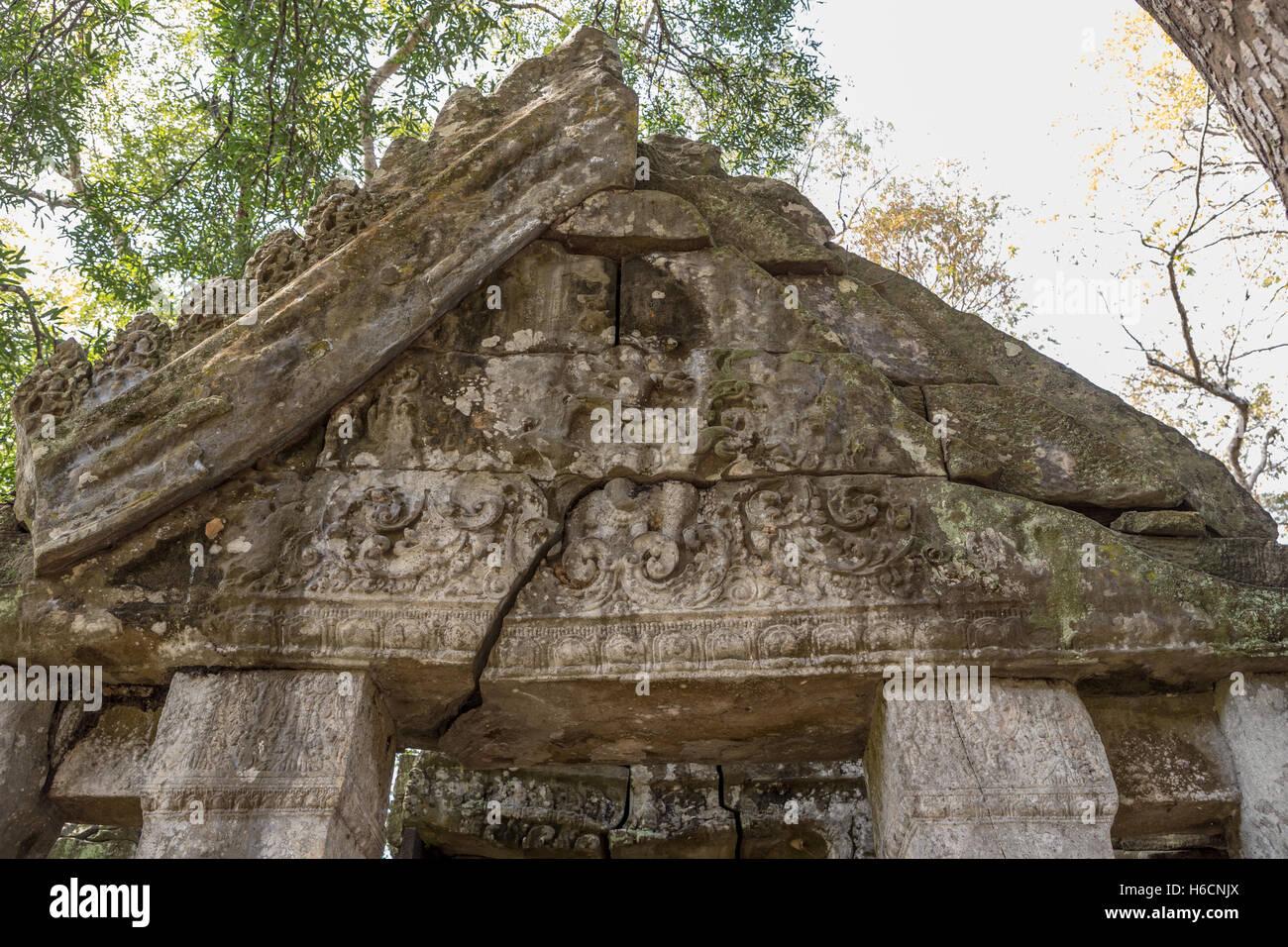 Prasat Thom Koh Ker Chok Gargyar Siem Reap Cambodia temples - Stock Image