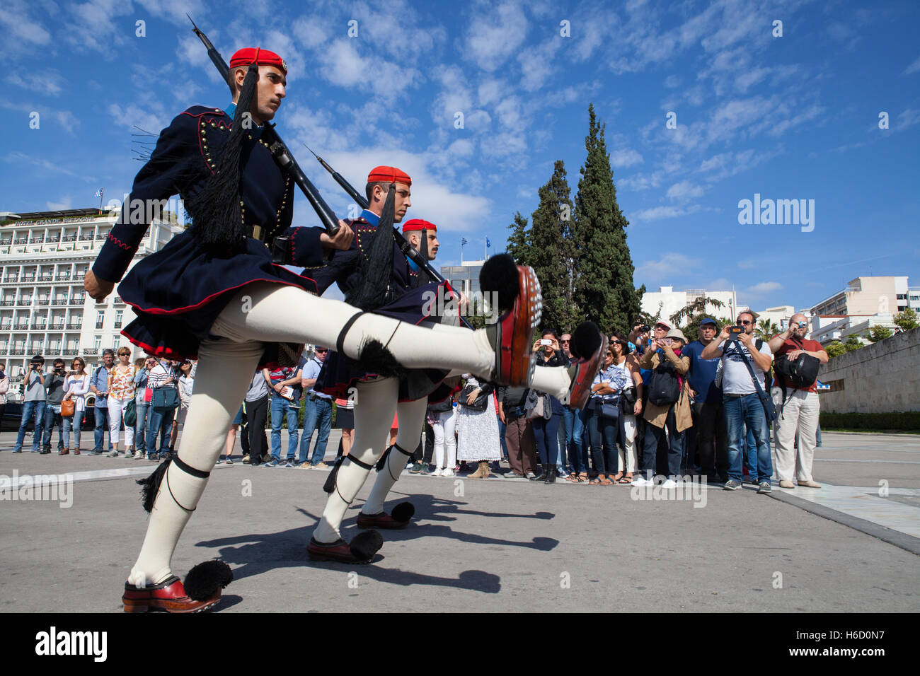 The changing of the Evzones who guard the Monument of the Unknown Soldier in front of the Hellenic Parliament, Athens - Stock Image