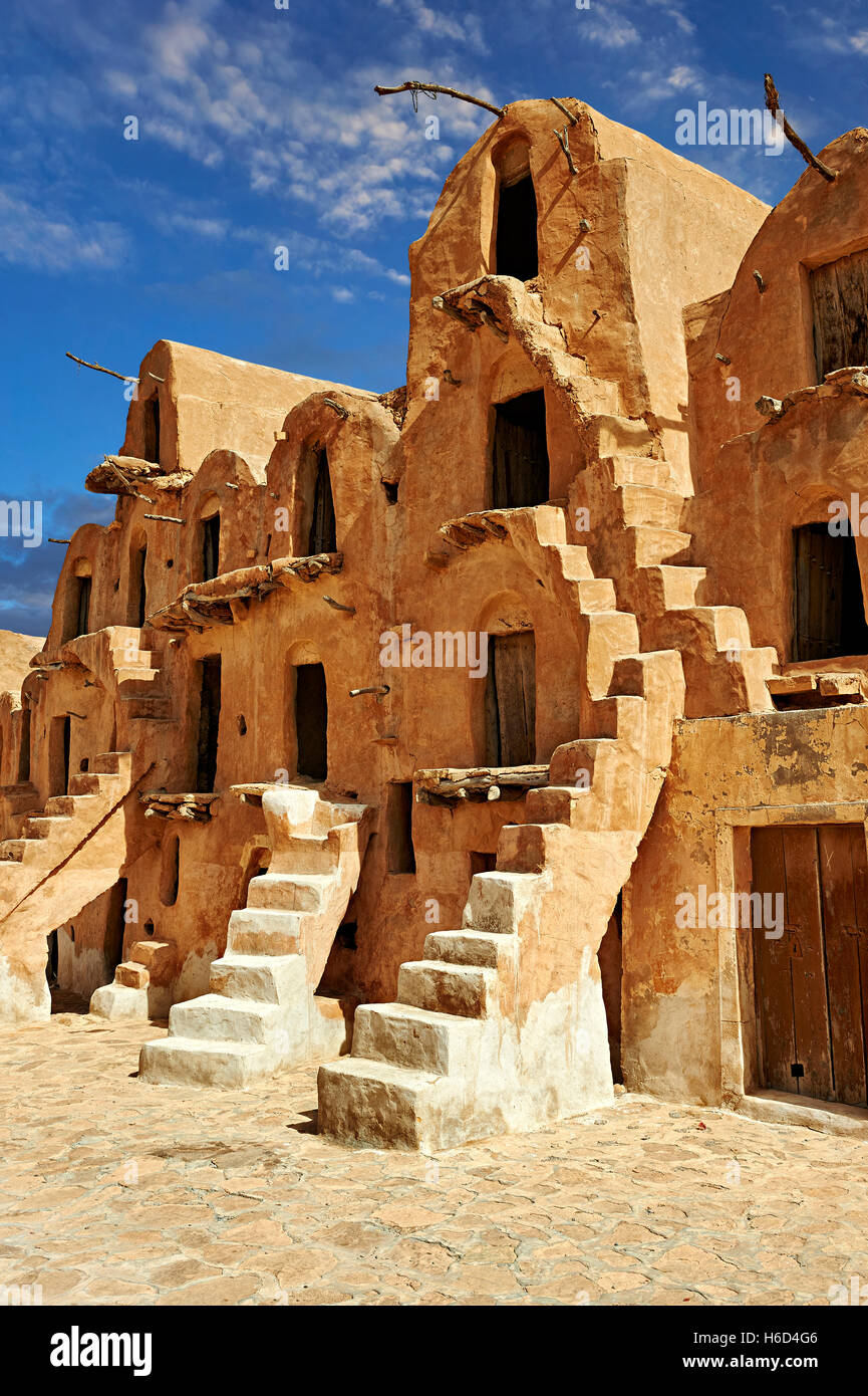 Ksar Ouled Soltane, Berber fortified adobe granary cellars, or ghorfas, northern Sahara in the Tataouine district, Stock Photo