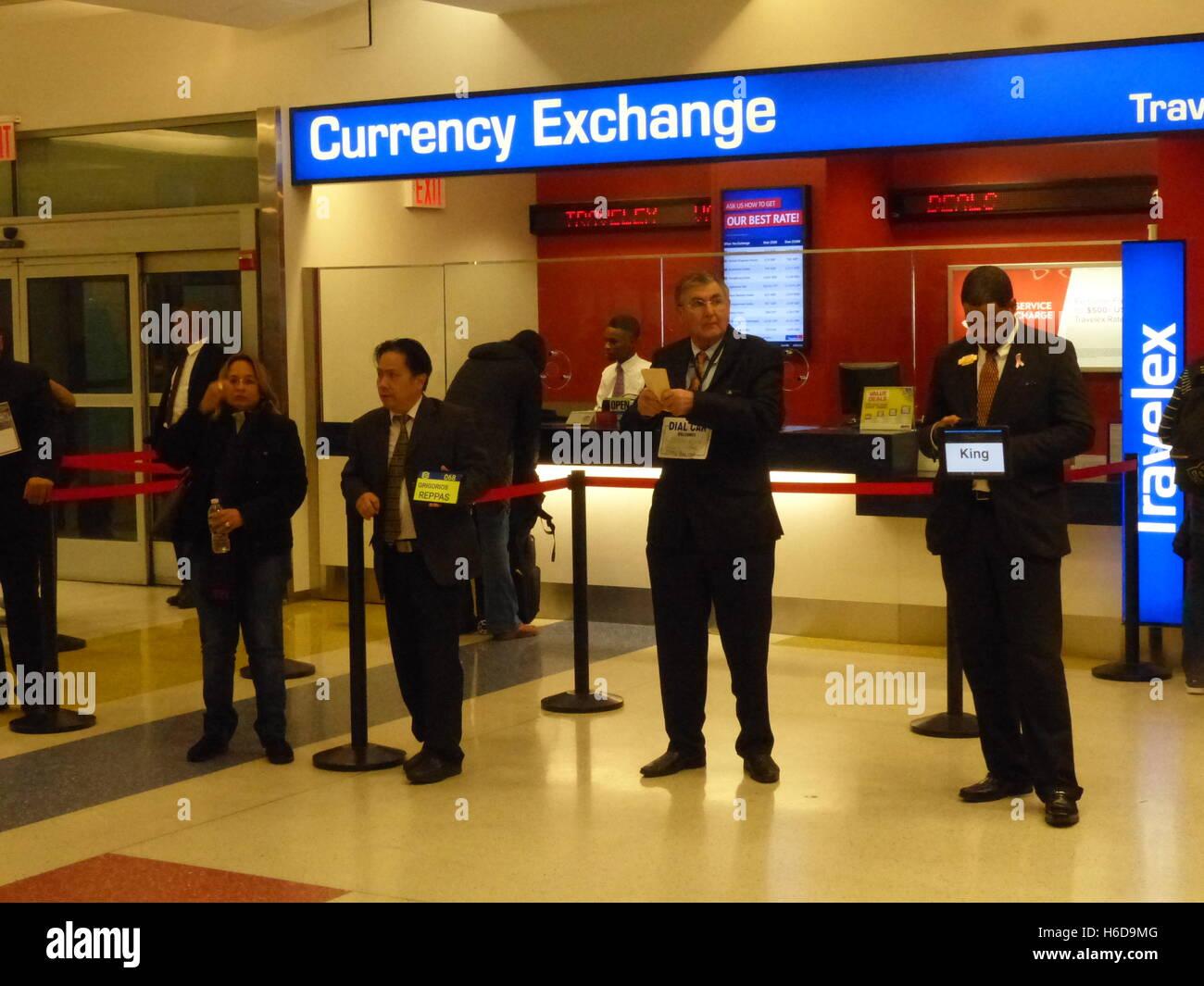 currency exchange jfk airport stock photos currency exchange jfk