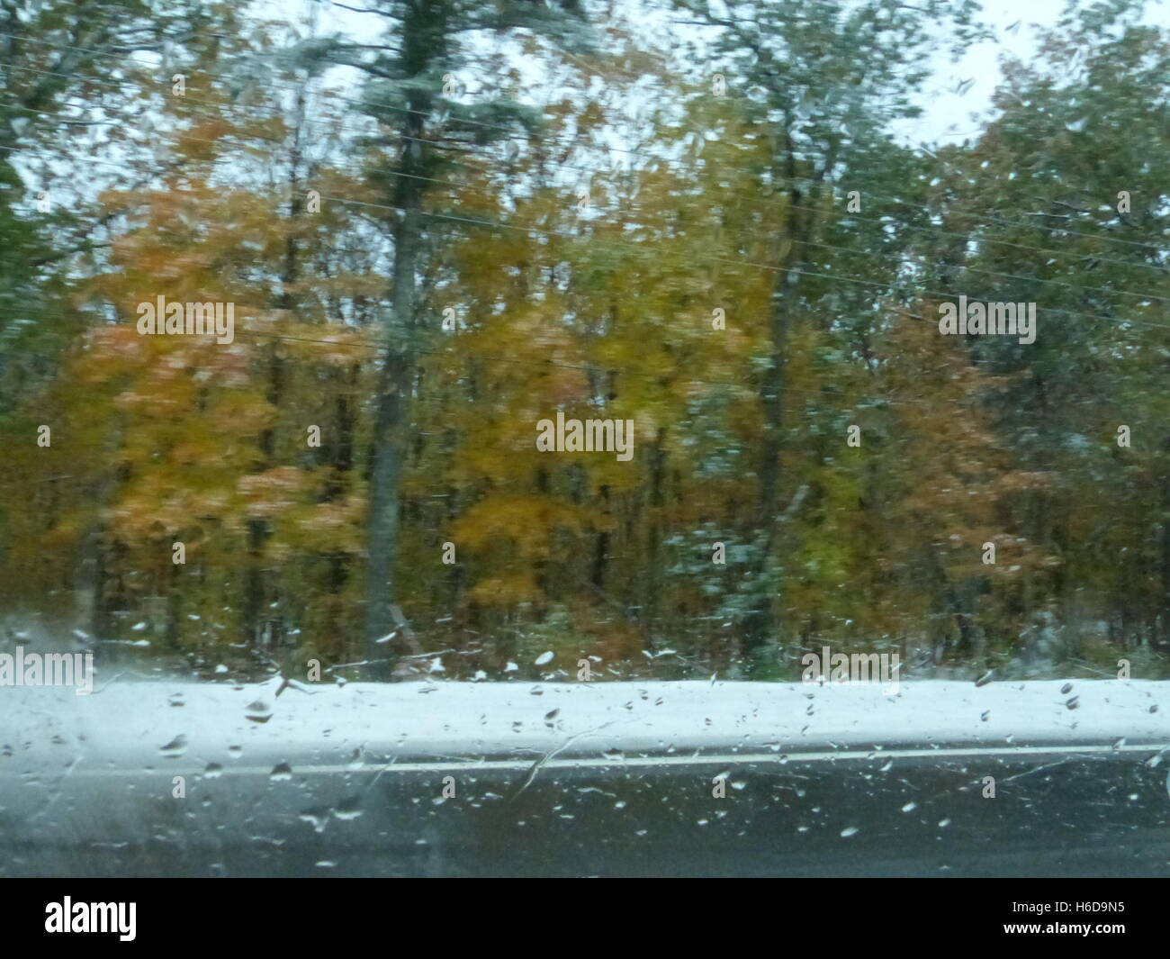 Road during slippery winter conditions - Stock Image