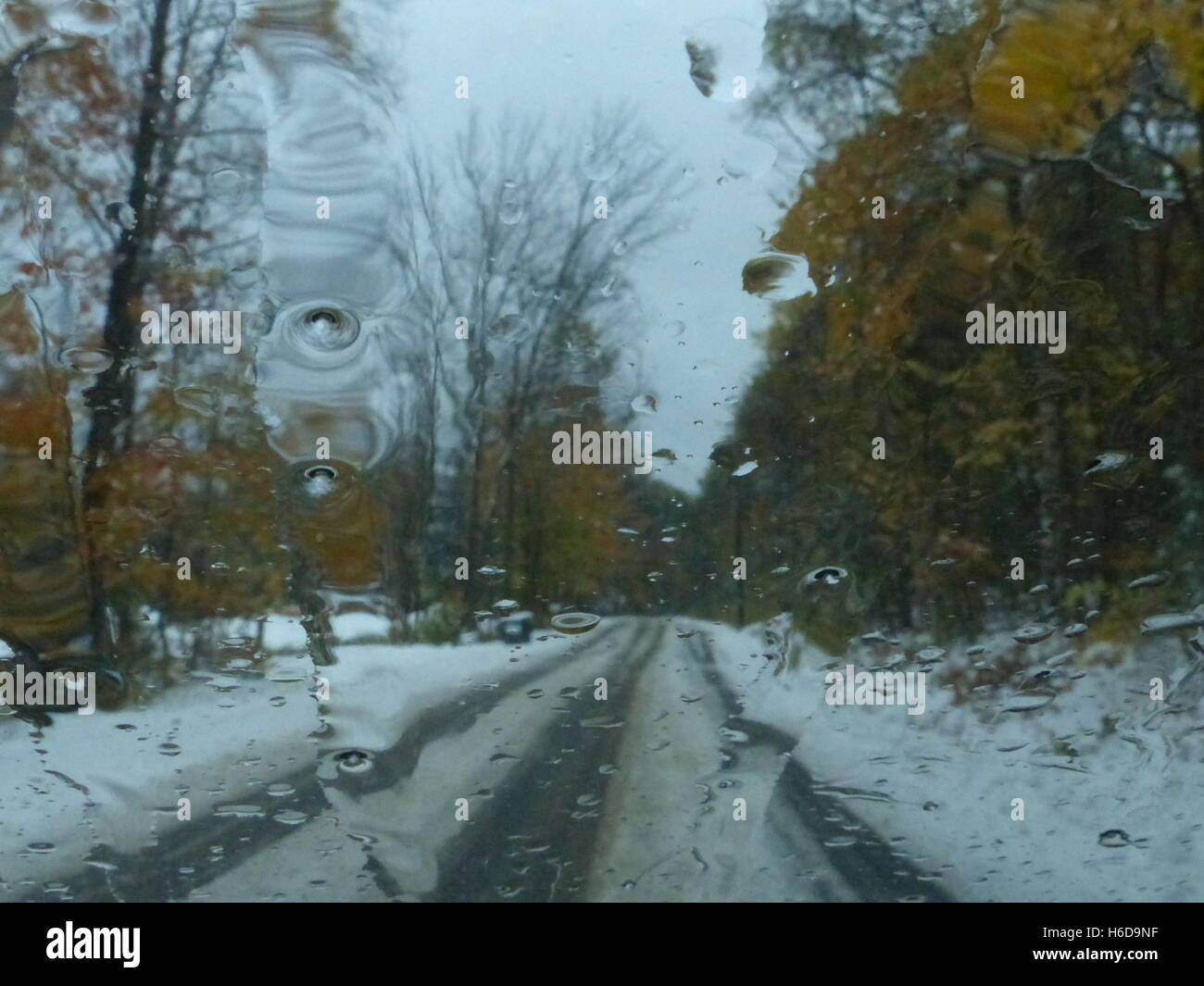 Road during slippery conditions - Stock Image