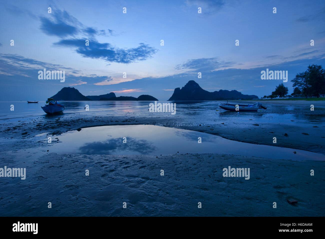 The Gulf of Thailand at blue hour, Prachuap Khiri Khan, Thailand - Stock Image