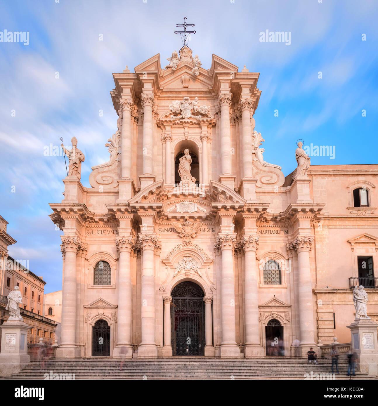 Piazza del Duomo, Ortigia, Siracusa, Sicily, Italy - Stock Image