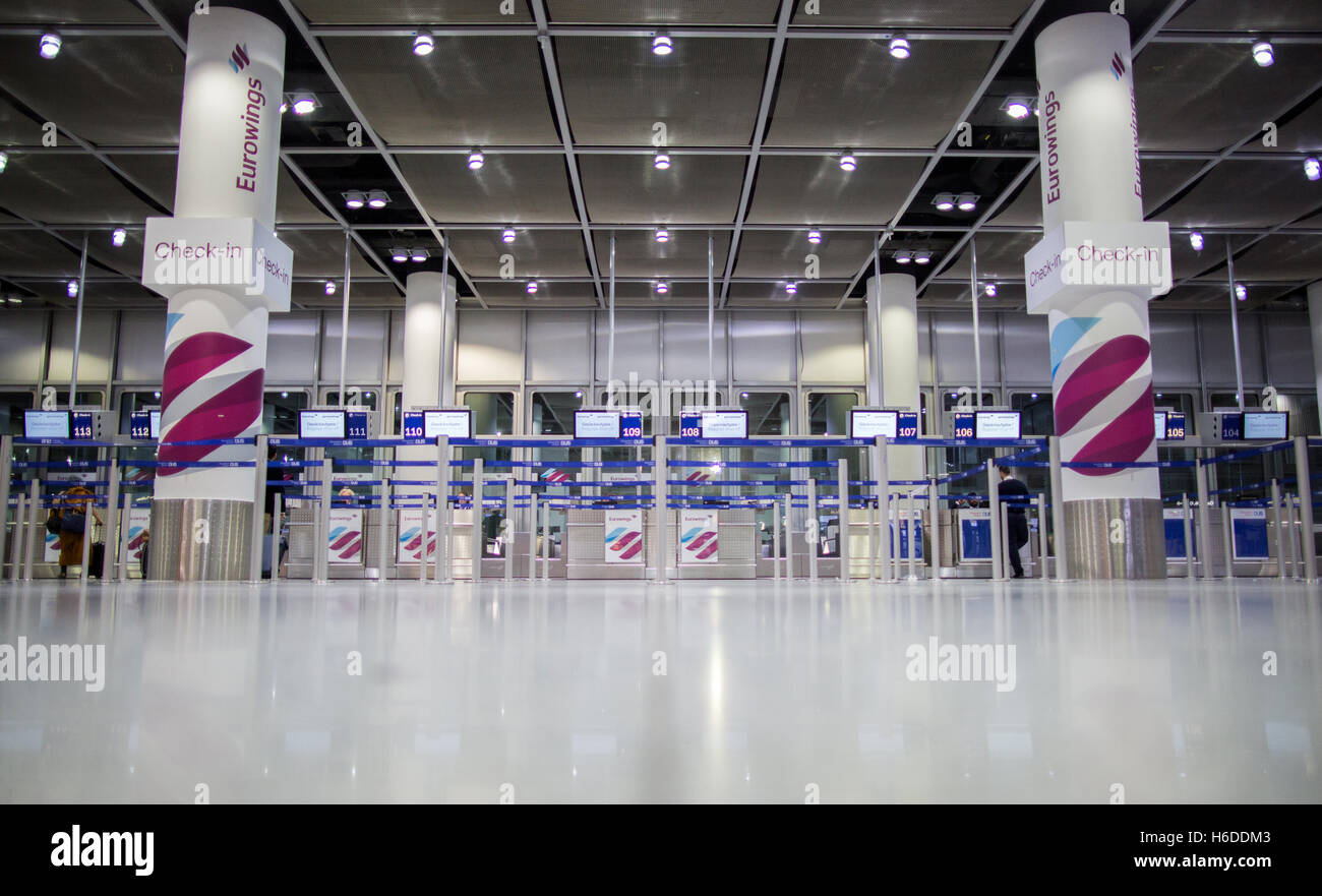 Duesseldorf Germany 27th Oct 2016 The Deserted Eurowings Check