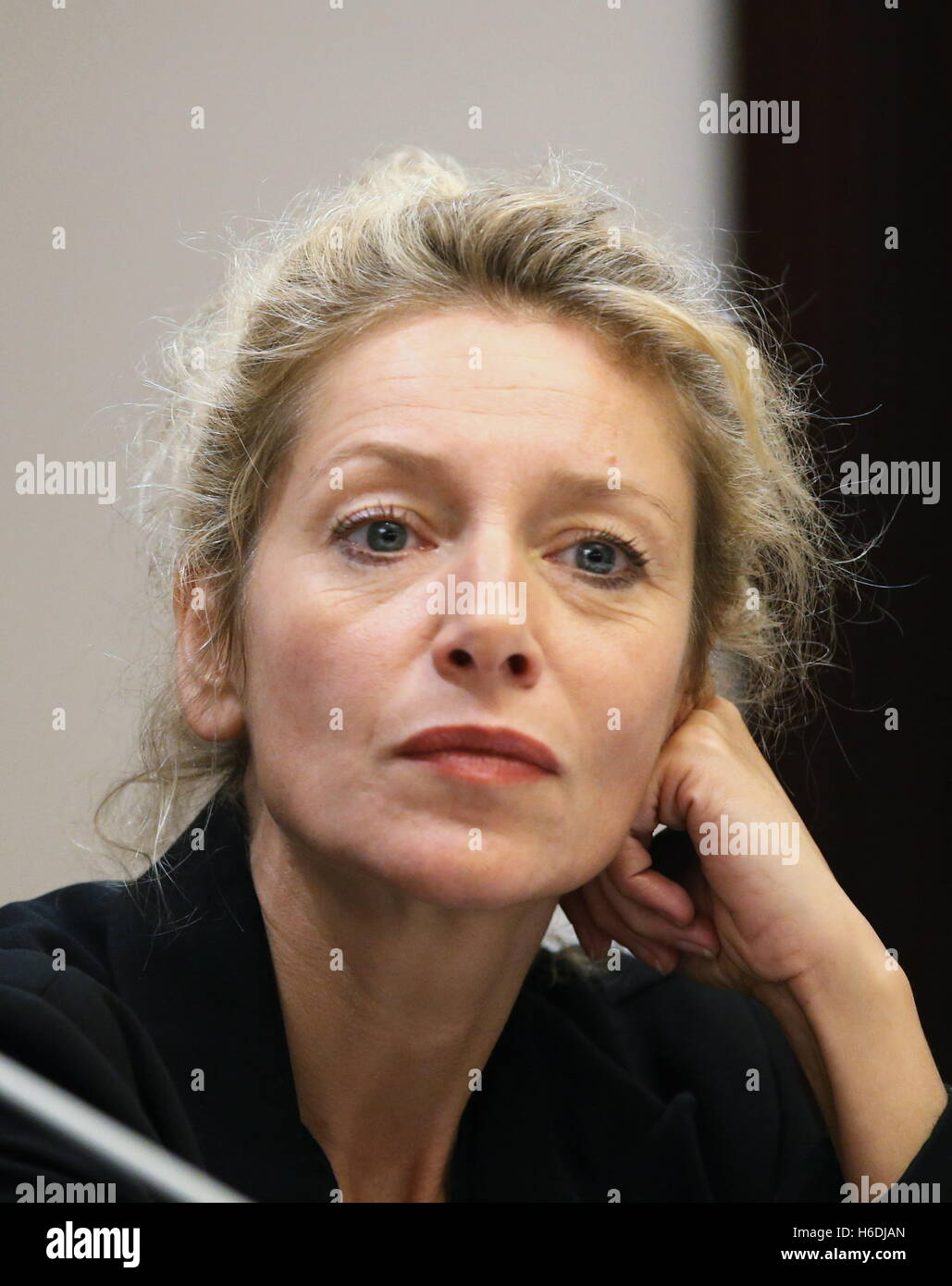 Elsa Lepoivre nude 177