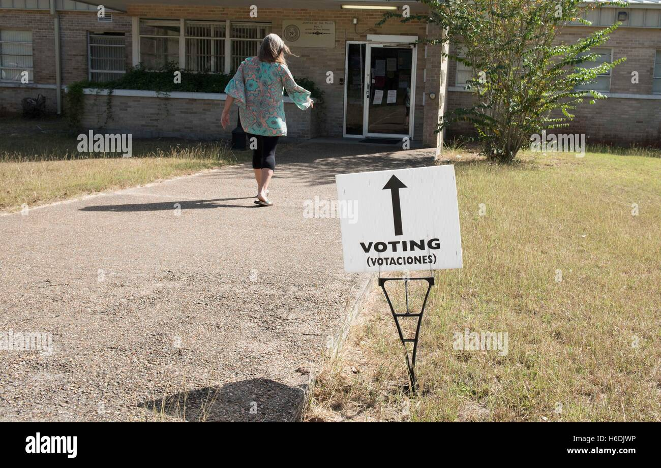 showing 3rd image of Early Voting In Goliad County Texas Goliad Stock Photos & Goliad Stock Images - Alamy