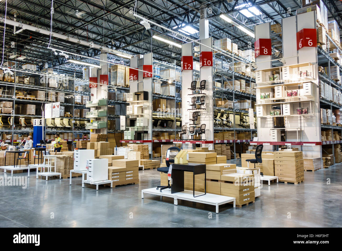 ikea warehouse stock photos ikea warehouse stock images alamy. Black Bedroom Furniture Sets. Home Design Ideas