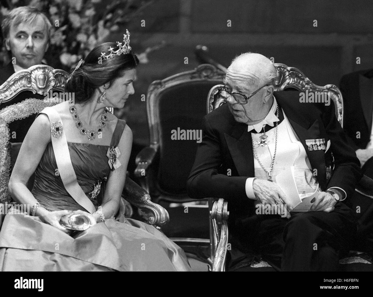 QUEEN SILVIA  and Prince Bertil at the Nobel awards ceremony in the Concert Hall 1987 - Stock Image