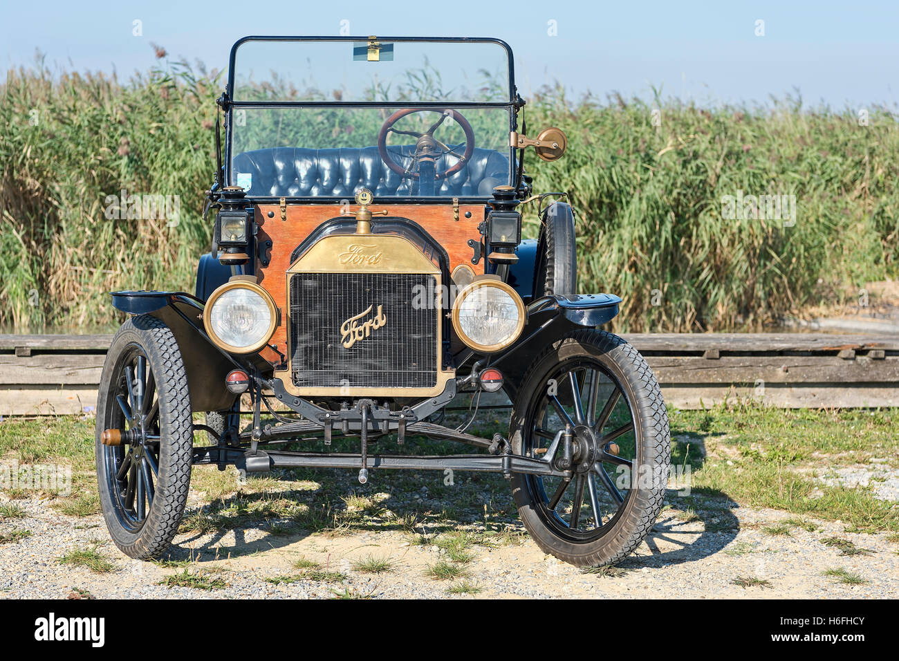 Oldtimer Ford T Runabout, built in 1913, 4 cylinders, displacement 2700 cc, 2 forward gears, semi-automatic, 20 - Stock Image