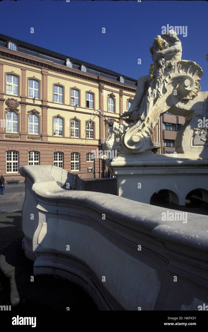 Germany, Trier, the Georgsfountain at the Kornmarket in front of the old Postoffice. - Stock Image