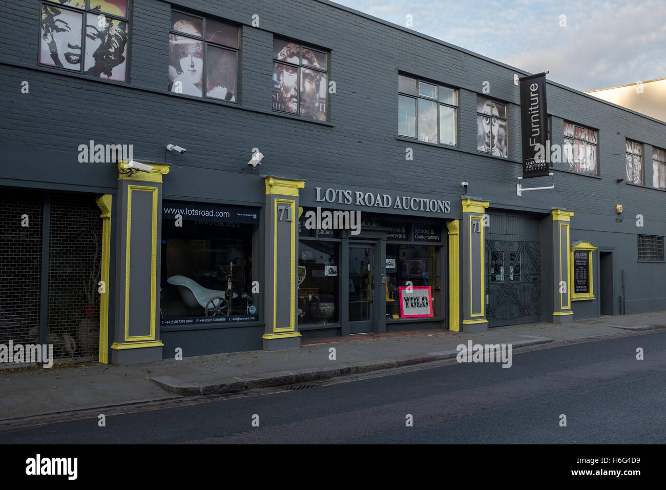 Exterior of Lots Road Auctions, Chelsea, London - Stock Image