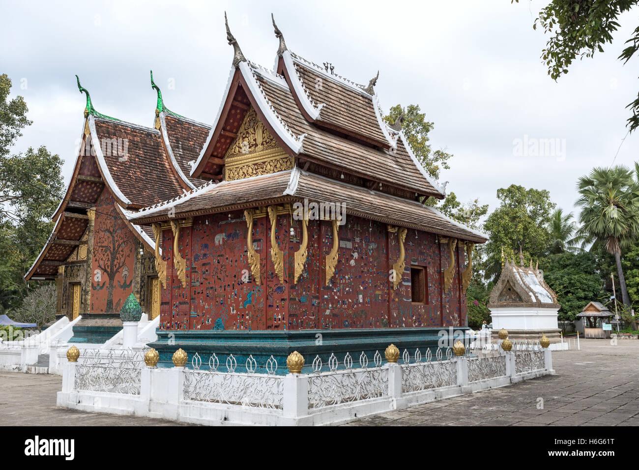 Wat Xieng Maun temple Luang Prabang Laos - oldest temple from 1500s - Stock Image