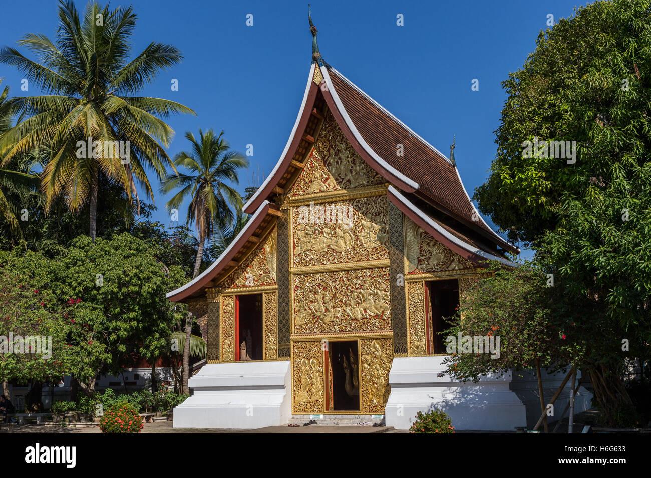 Wat Xieng Maun templeLuang Prabang Laos - oldest temple from 1500s - Stock Image