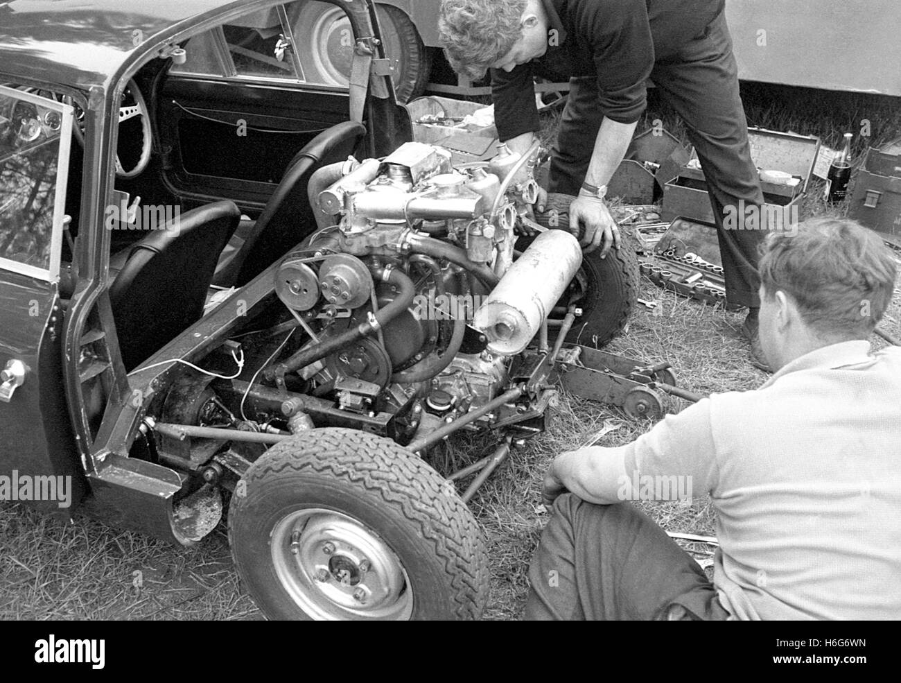 DS301  Lawrence Motor Rear engine cover removed Le Mans 1963 - Stock Image