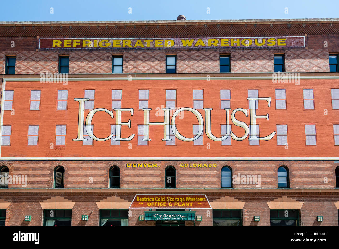 The Icehouse an old refrigerated warehouse in Denver Colorado - Stock Image & Refrigerated Warehouse Stock Photos u0026 Refrigerated Warehouse Stock ...