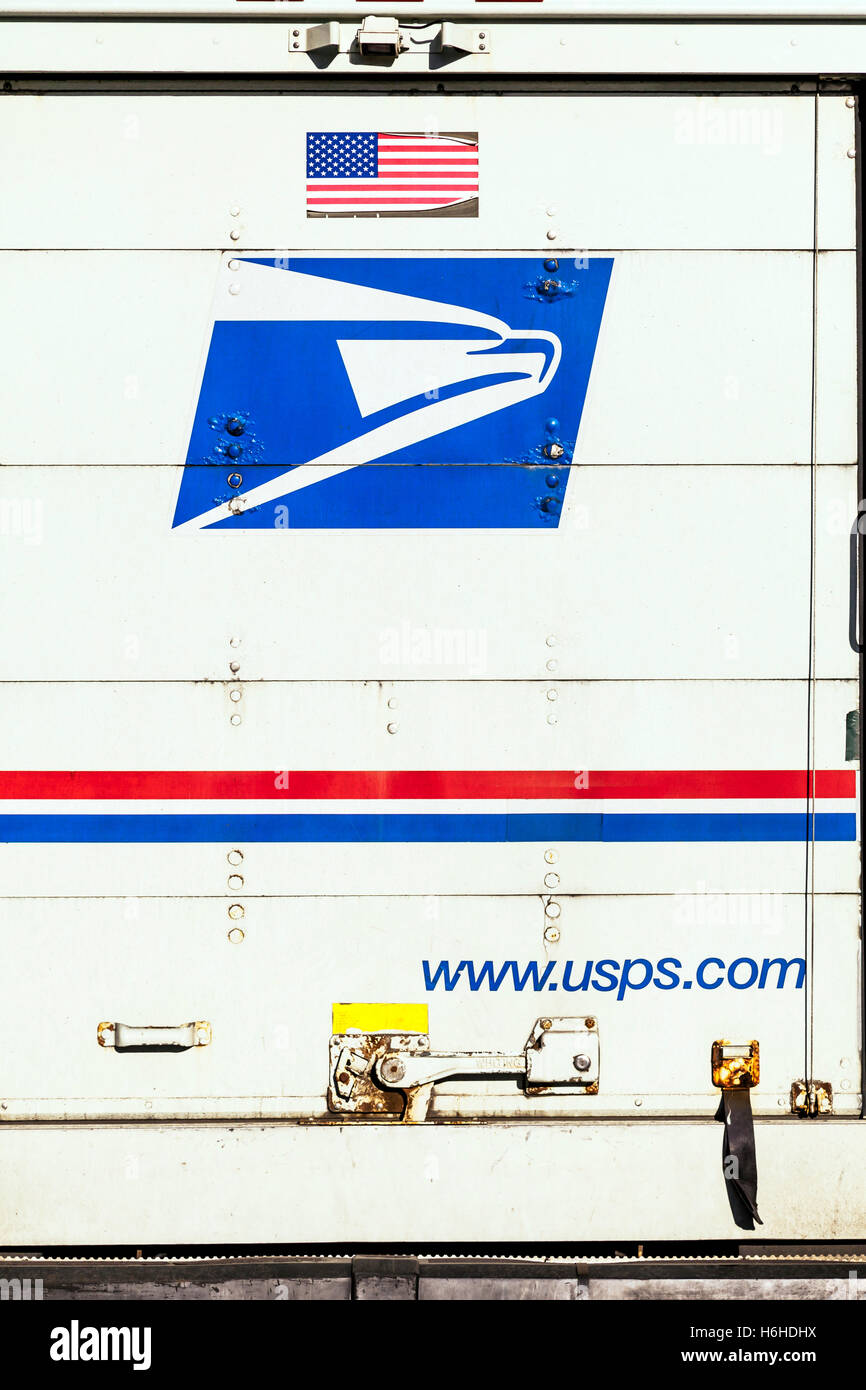 Usps Truck Stock Photos & Usps Truck Stock Images - Alamy