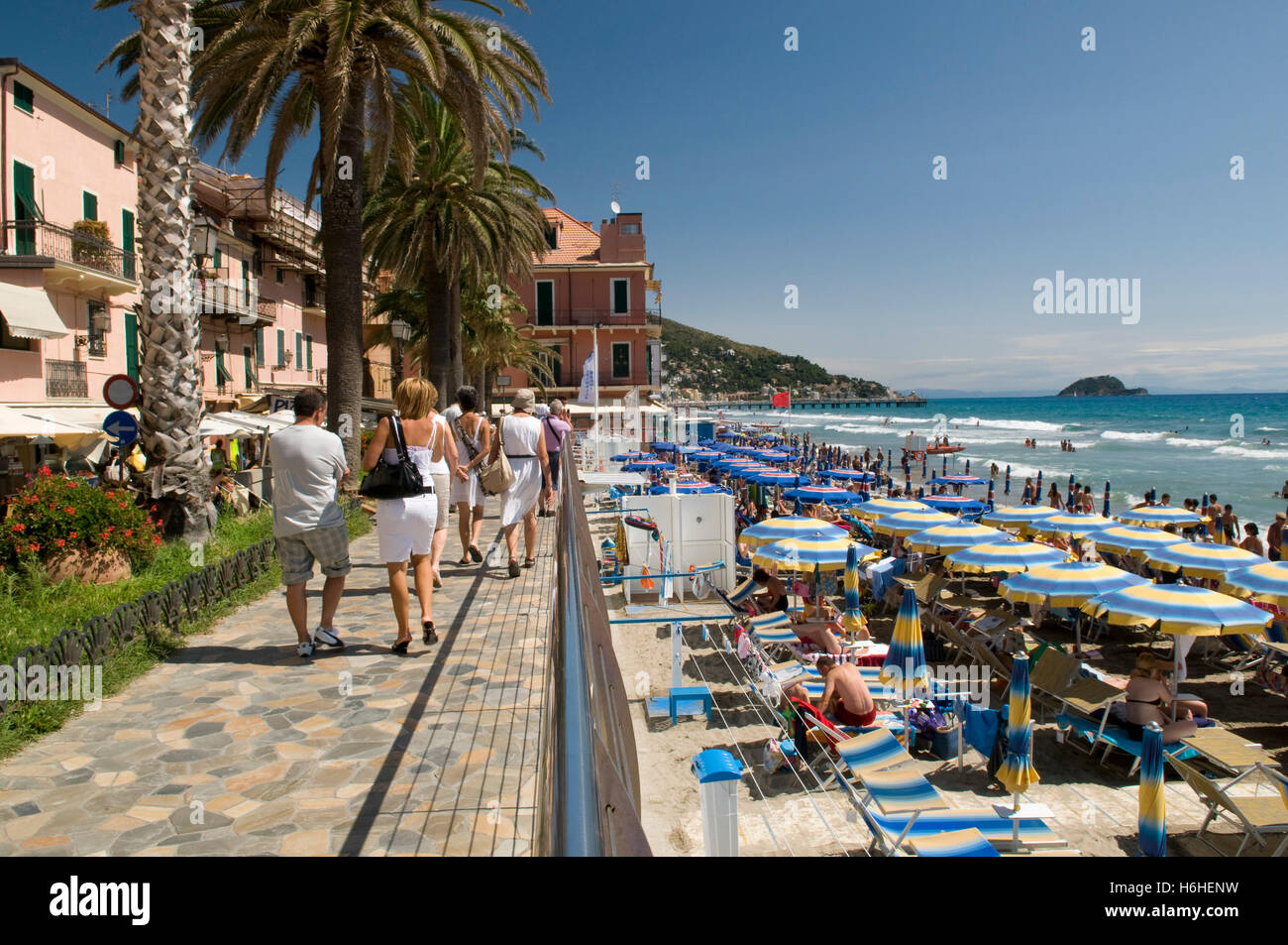 chaise longue beach with Stock Photo Promenade On The Beach Alassio Italian Riviera Liguria Italy Europe 124545285 on T3416 Illustrations Pour L Ete Plage Et Farniente besides Photos Stock Chaise Longue Et Parasol Image4344143 additionally Stock Photo Promenade On The Beach Alassio Italian Riviera Liguria Italy Europe 124545285 likewise Quando Andare In Madagascar additionally 2.