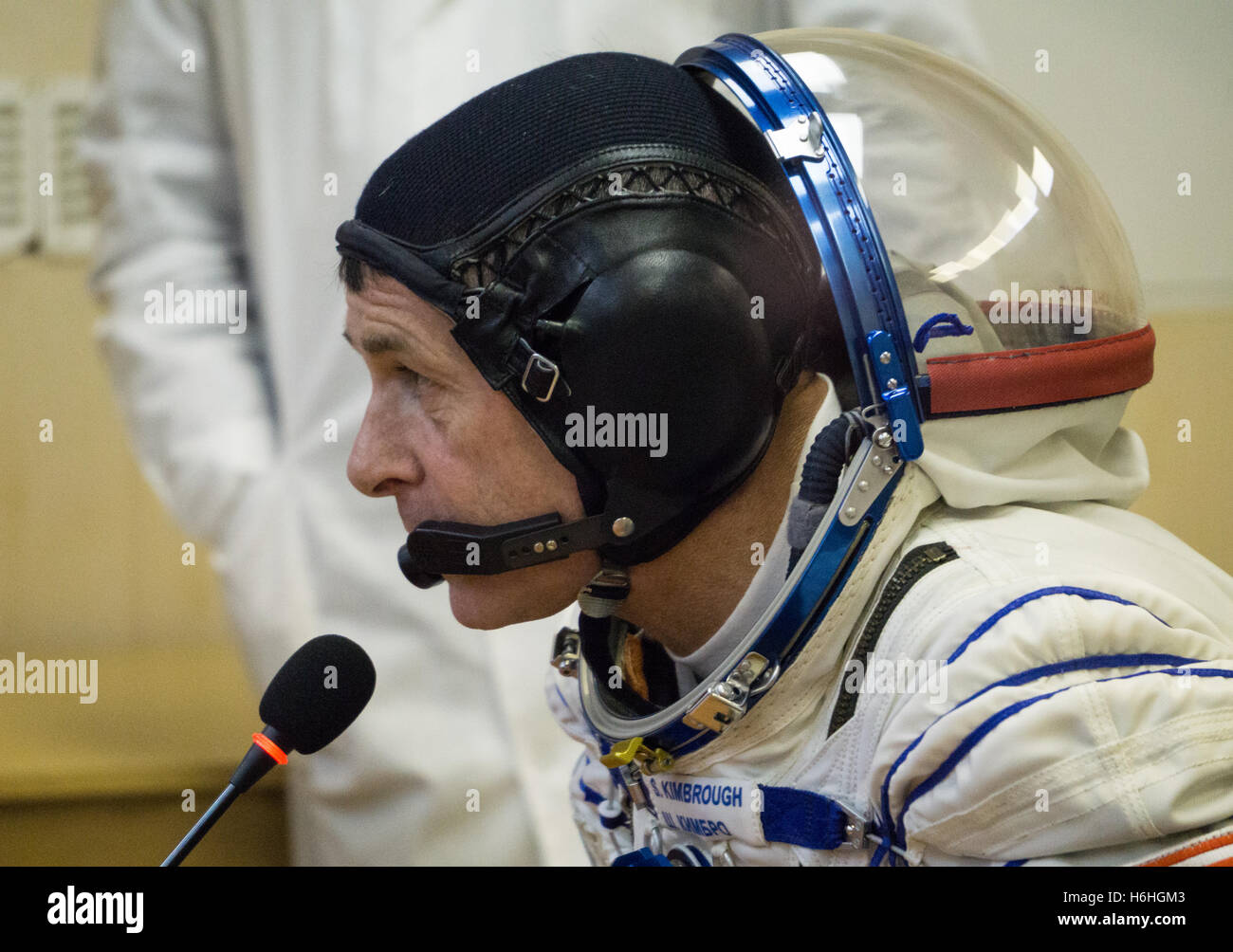 NASA International Space Station Expedition 49 prime crew member American astronaut Shane Kimbrough talks to the - Stock Image