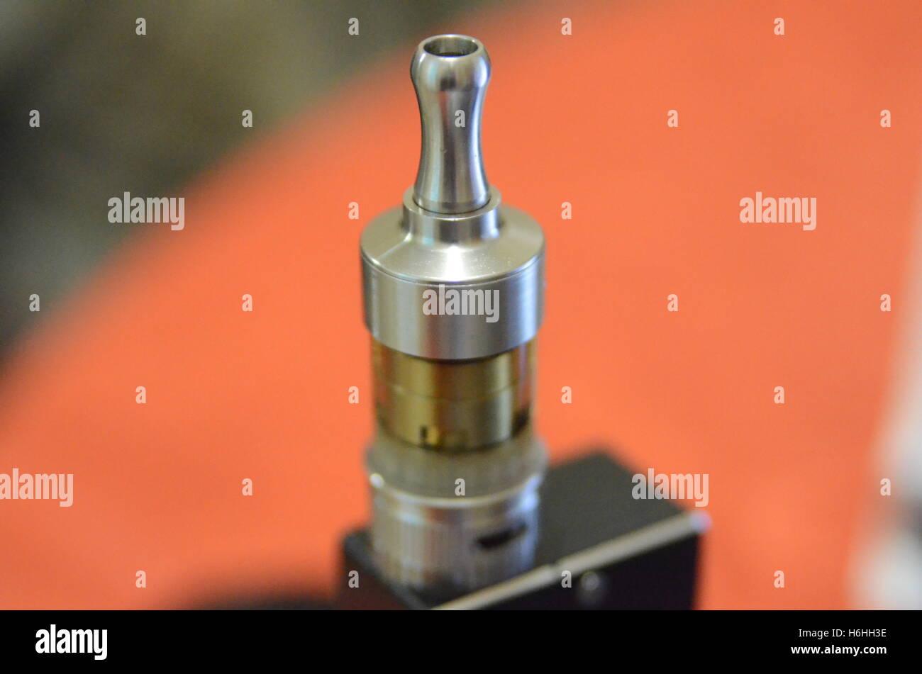 E-cig Vape mod and tank - Stock Image