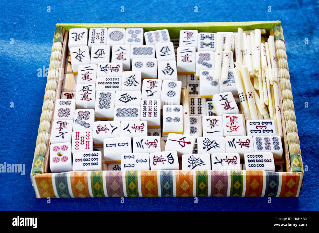 Play Mahjong online for free