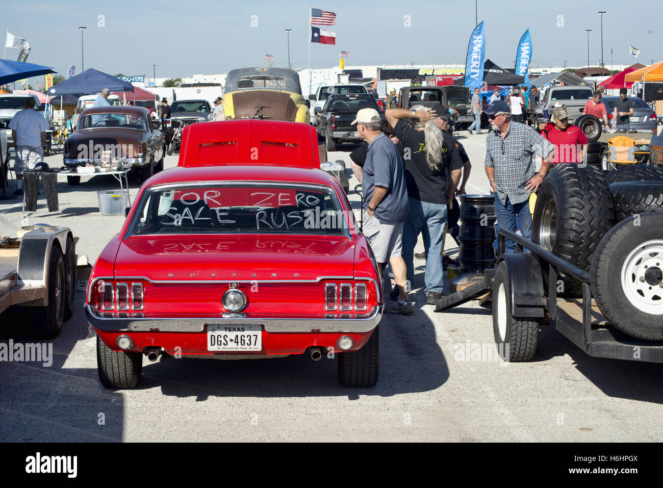 Grand Prairie, Texas- Oct.29,2016 Cars for sale at local car swap ...