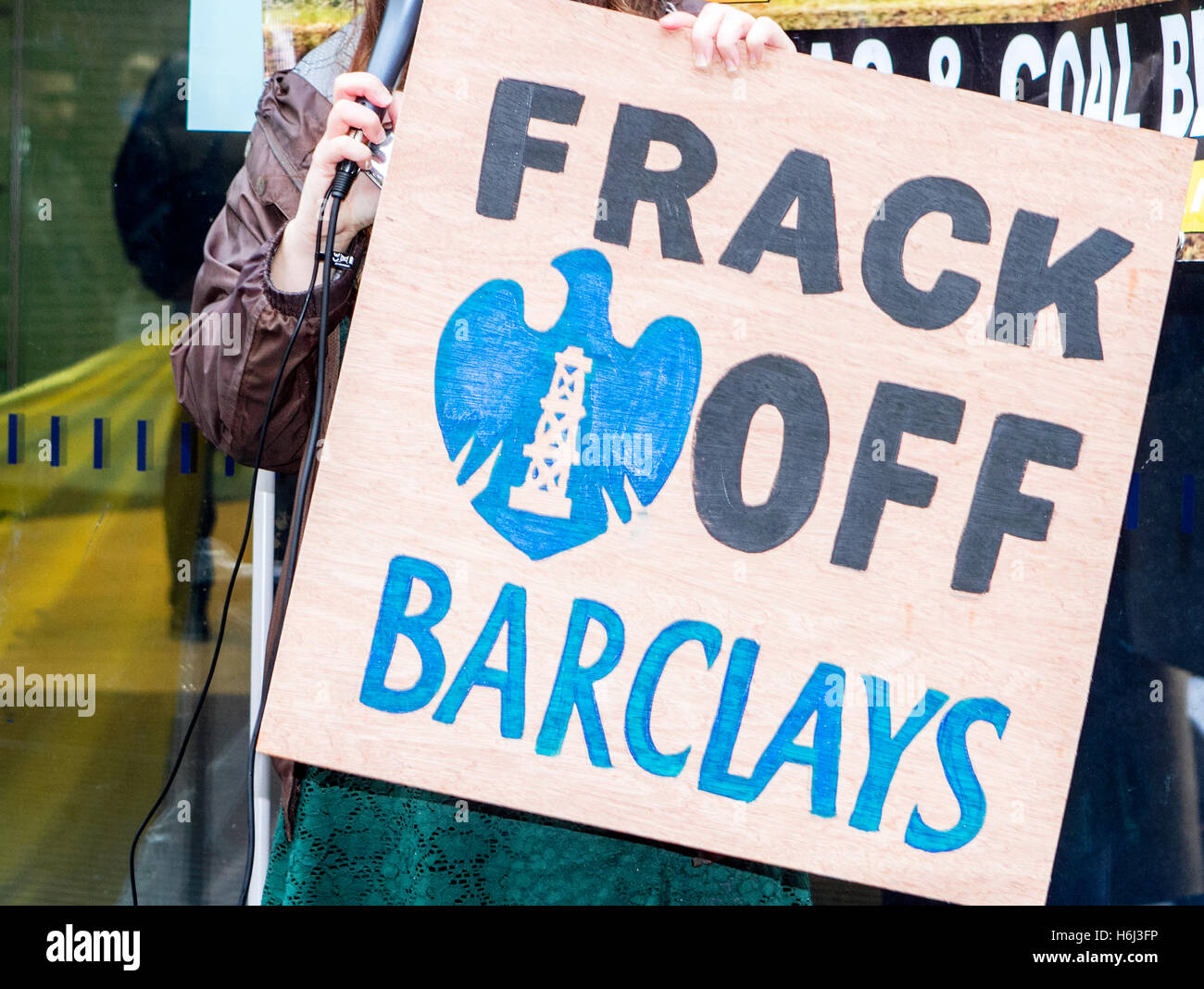 a cuadrilla plumpton frack off anti protest shale gas extraction hydrofrack fracking blackpool methane drilling - Stock Image