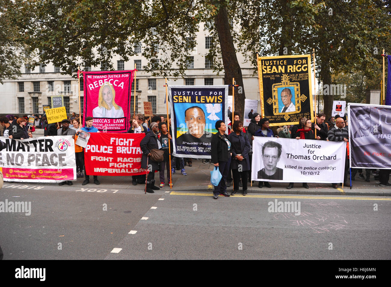 London, UK. 29th October, 2016. Some of the banners brought on the annual remembrance procession and protest march - Stock Image