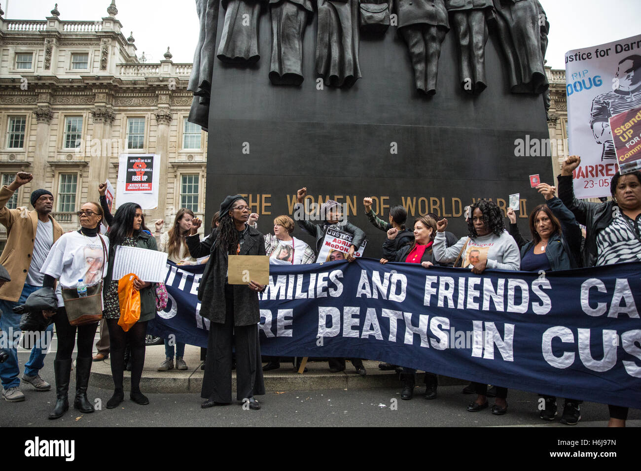 London, UK. 29th October, 2016. Campaigners from the United Families and Friends Campaign (UFFC) in front of the - Stock Image