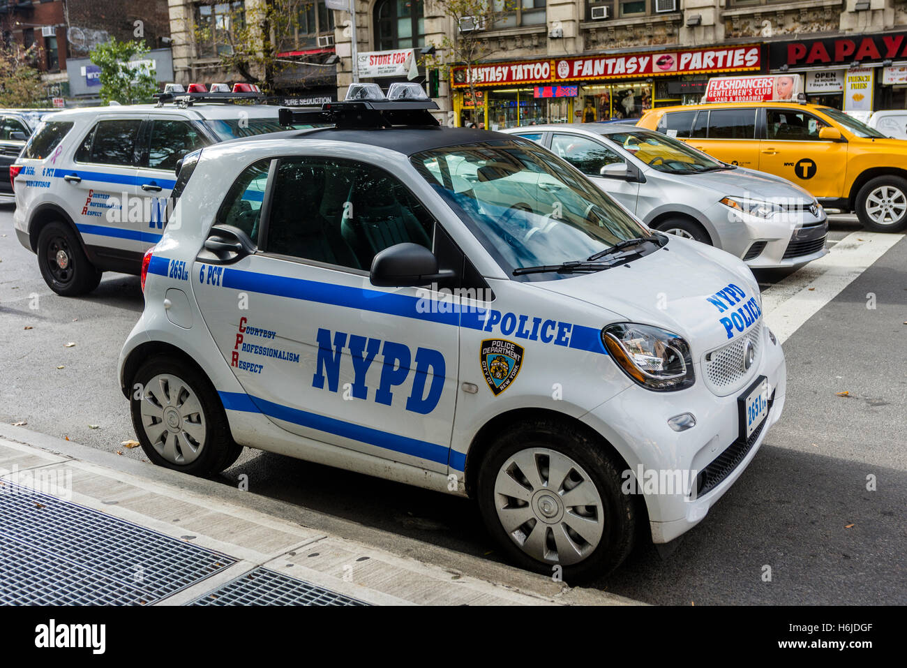 New York Ny New York City Police Department Smart Car Eight Smart